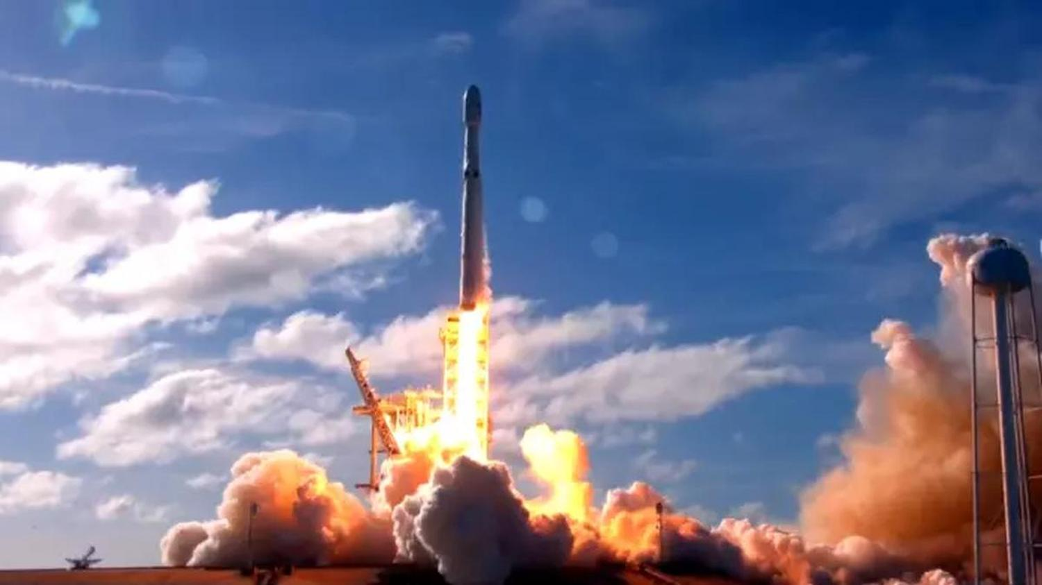 Falcon-Heavy-Start