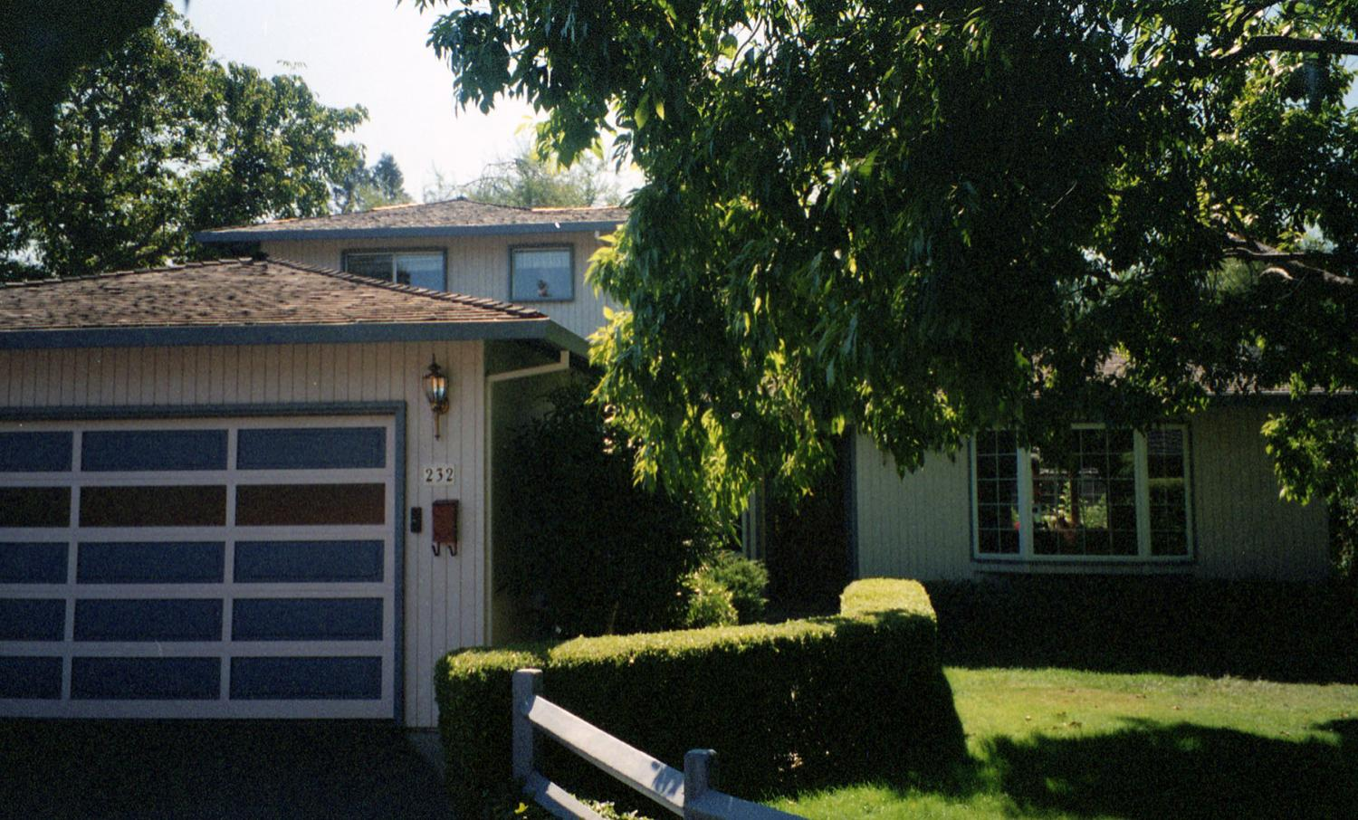 Susan_s Garage — Google_s first home