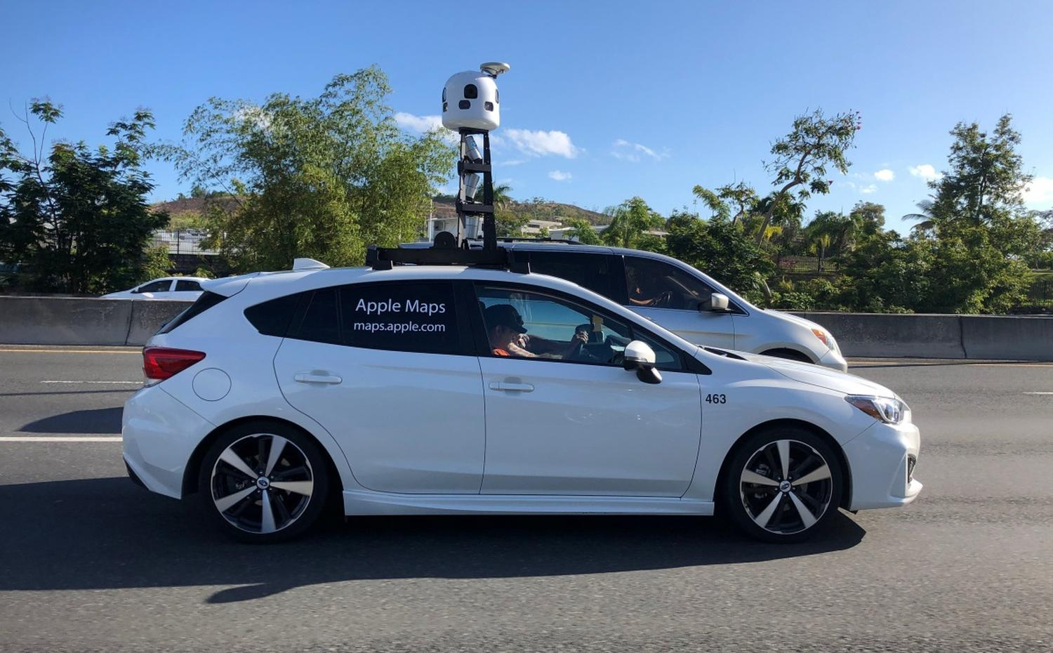 apple maps look around car