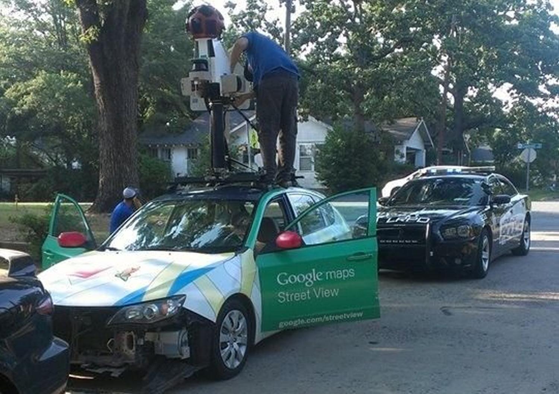 google maps streetview car crash