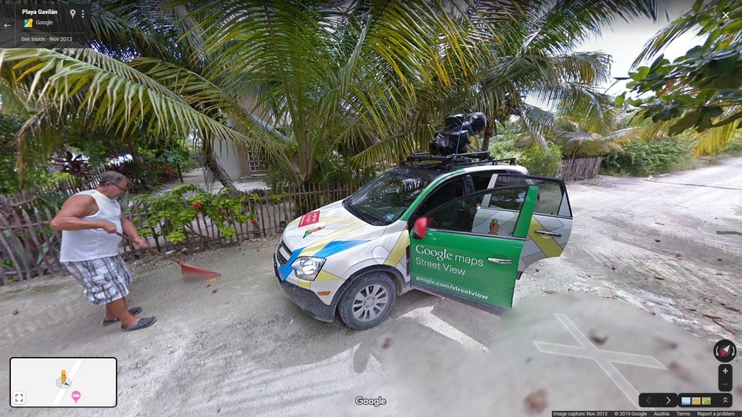 google maps streetview car open