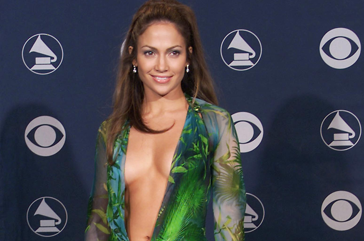 jennifer lopez green dress big
