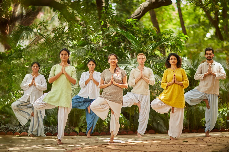yoga logo title